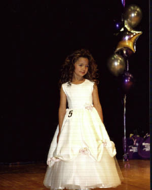 littlemissky2005competition.jpg