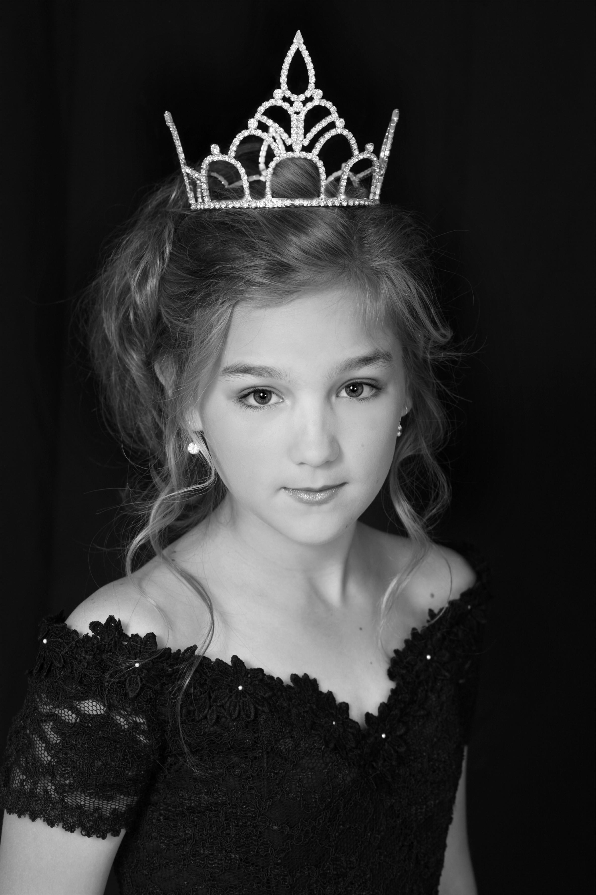 Pre-teen Miss Kentucky 2006, Erynn Landherr